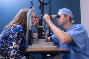 Justin Wilkin, MD is a highly experienced cataract surgeon at the Marietta Eye Clinic.
