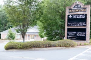 The Marietta Eye Clinic in Powder Springs provides comprehensive ophthalmology and optometry services.