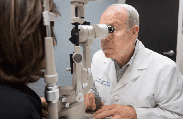 Geoffrey Posner, MD provides comprehensive ophthalmology services at the Marietta Eye Clinic.